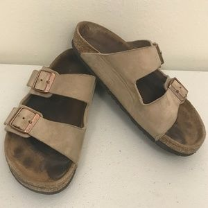 GUC Birkenstock Beige Leather Sandals 36